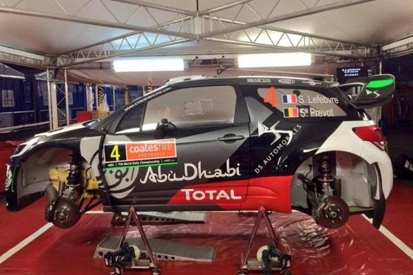 Впервые с Ралли Монте-Карло 2015 на машине французской команды появился французский фдаг. Фото: Citroën Racing