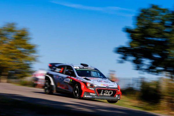 Заняв второе место на Корсике, Тьерри Невилль закрепился на третьем месте в чемпионате. Фото: Hyundai Motorsport